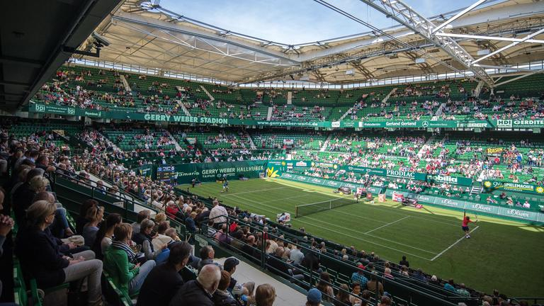 Tennis Halle typical