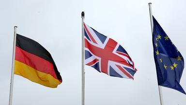 Britische, Deutsche und EU-Flagge