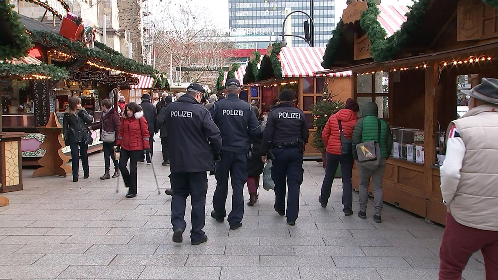 Wo Ist Weihnachtsmarkt Heute.Weihnachtsmarkt Am Breitscheidplatz Zdfmediathek