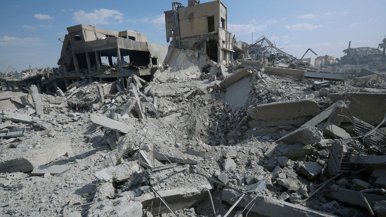 syrien konflikt worte statt waffen zdfmediathek. Black Bedroom Furniture Sets. Home Design Ideas