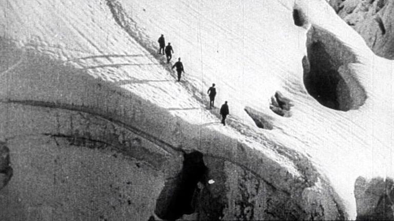 Descent to base camp on Mount Everest - 1924