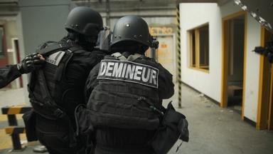 Zdfinfo - Alarm! Bombenentschärfer Im Einsatz: Gegen Den Terror