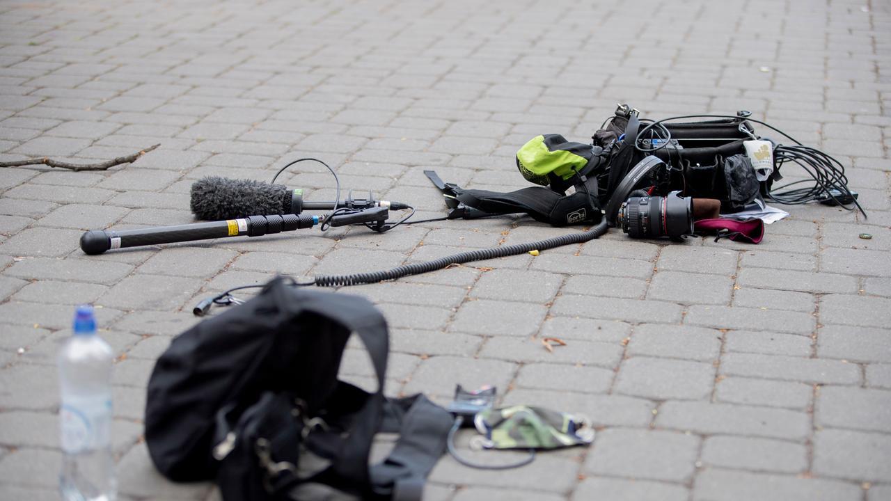 Berlin Zdf Team Angegriffen