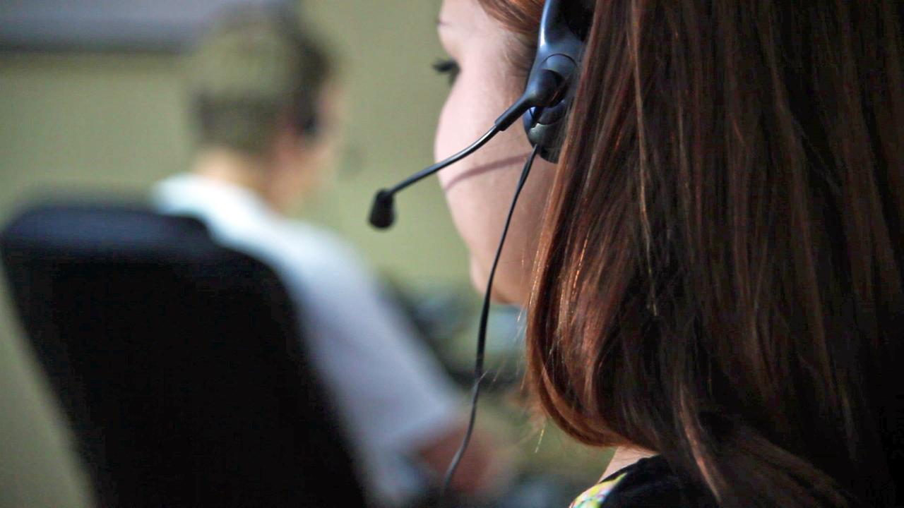 Bei Anruf Abzocke - Betrug aus dem Callcenter - ZDFmediathek