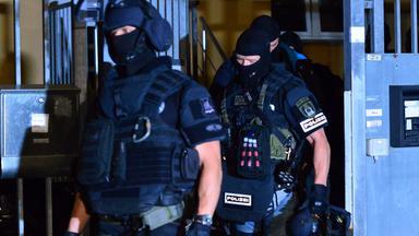 Zdfinfo - Berlin Berlin: Schmuggler, Mörder Und Mafiosi