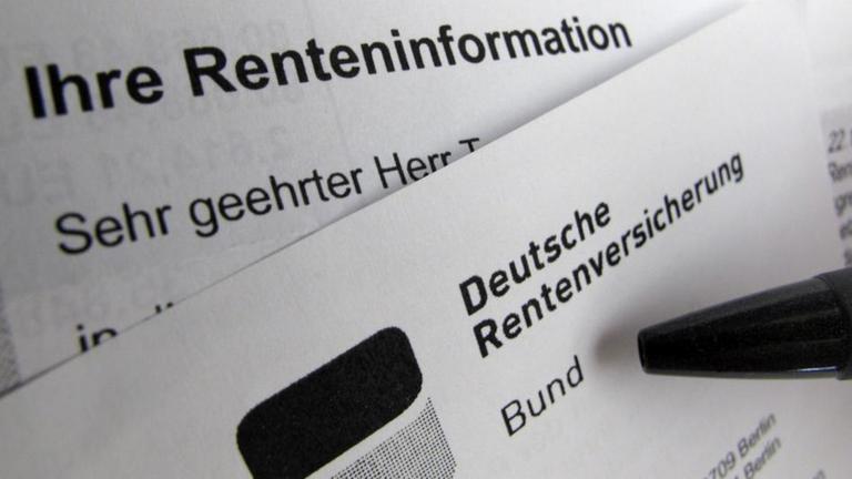 Bild zeigt Brief der Rentenversicherung