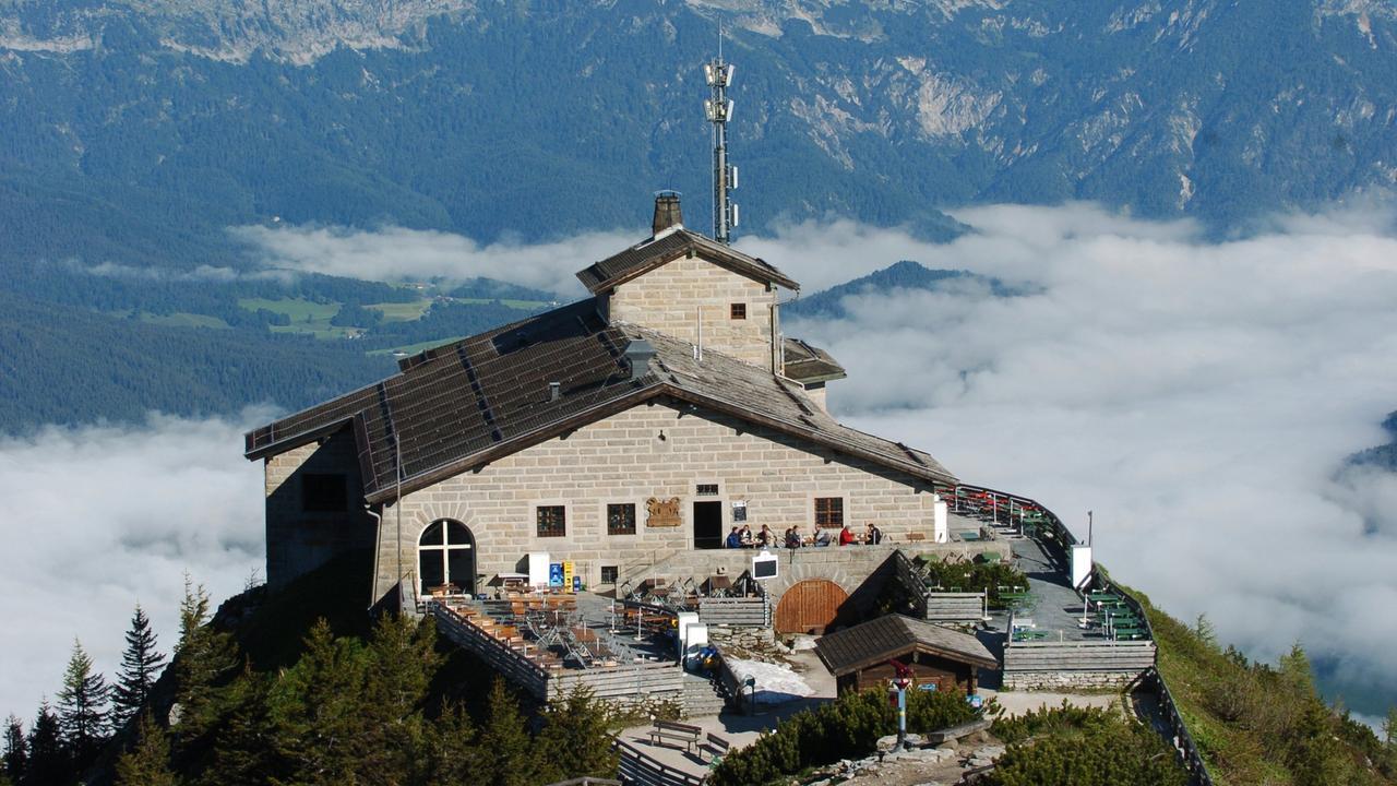 B se bauten hitlers architektur im schatten der alpen for Architektur ns zeit