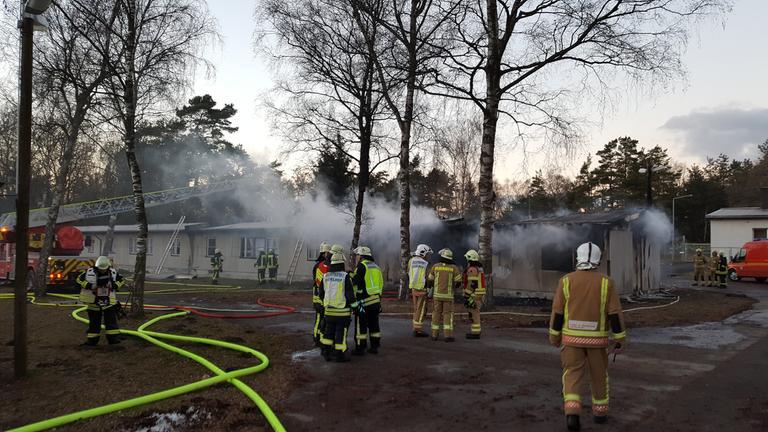 brand in fluechtlingsunterkunft staumuehle geloescht