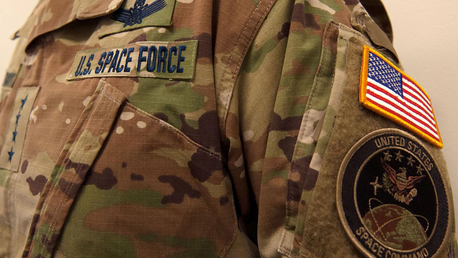 Camouflage-Uniform