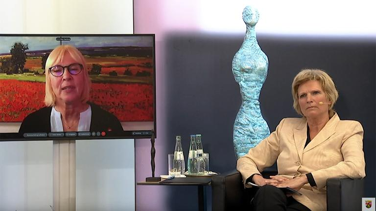 Marie Juchacz Frauenpreis An Zdf Sportreporterin Neumann Zdfheute