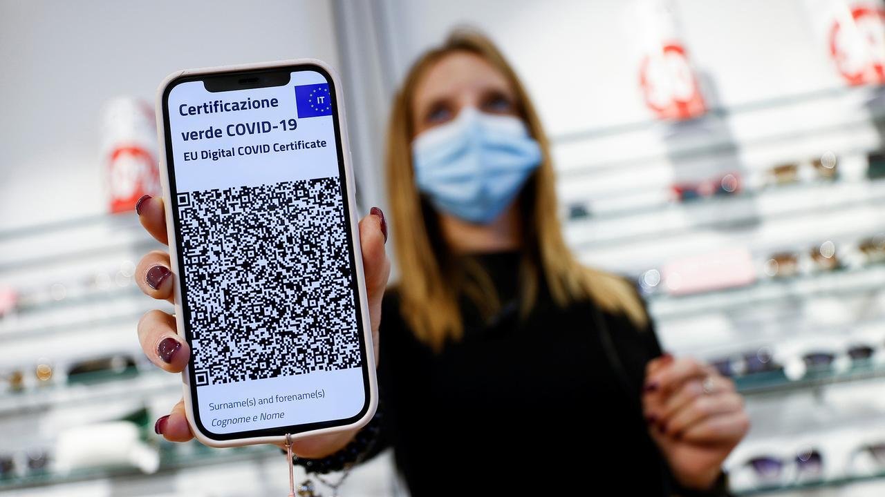 """""""Grüner Pass"""": Ab heute 3G-Pflicht für Millionen Italiener"""