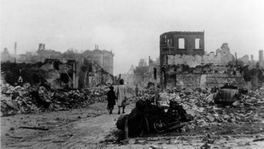 Momente Der Geschichte - Der Totale Krieg