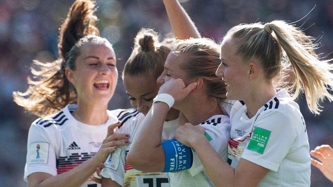 Deutschland Nigeria Frauen Wm