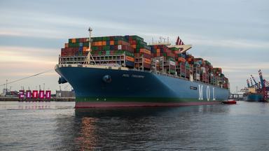 Zdfinfo - Containerschiff Xxl – Die Mol Triumph Und Der Hamburger Hafen