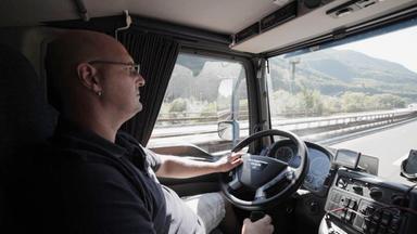 Zdfinfo - Die Trucker Immer Gegen Die Uhr