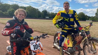 Zdftivi: Die Sportmacher - Speedway, Gold Und Boxen Mit Hindernissen