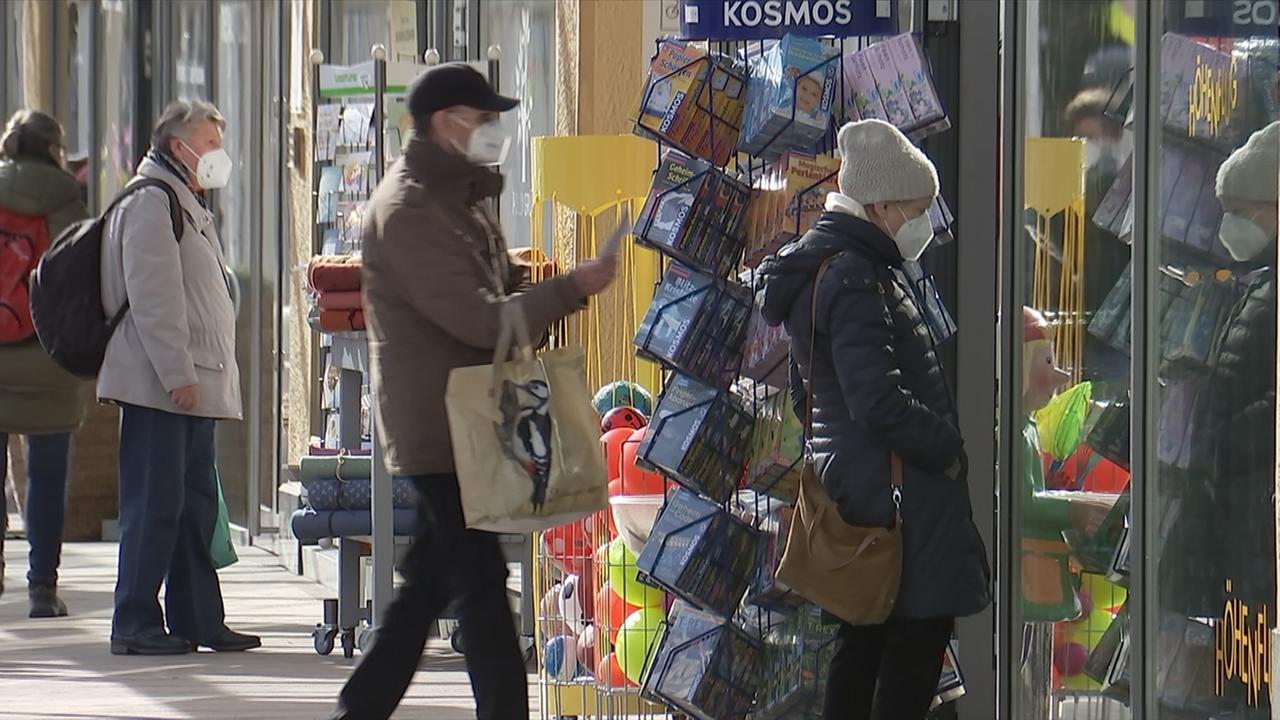 Läden öffnen Wieder