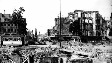 Zdfinfo - Feuersturm (1) - Der Bombenkrieg Gegen Deutschland