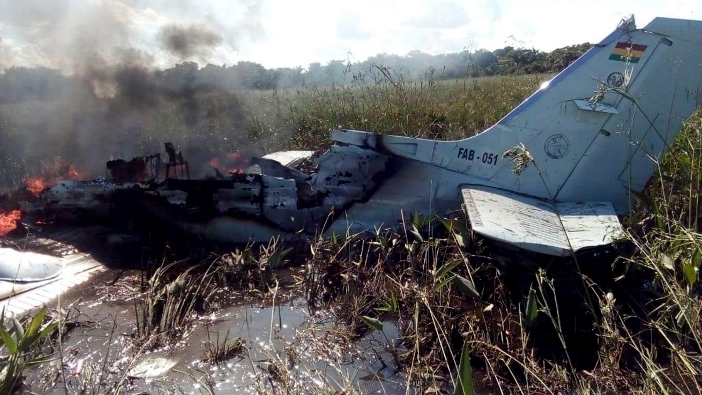 Unterwegs Zum Ruckholflug Tote Bei Flugzeugabsturz In Bolivien Zdfheute