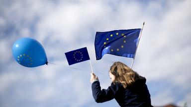 Sonntags - Tv Fürs Leben - Werte In Europa
