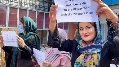 Kulturzeit - Die Taliban Und Die Zukunft Der Frauen