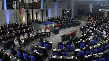 Politik Sonstige - Gedenkstunde Zum Volkstrauertag