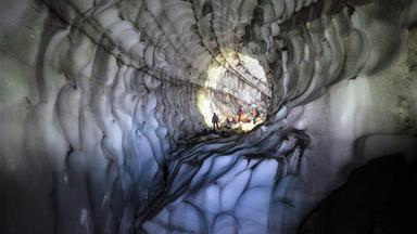 Terra X Dokumentationen Und Kurzclips - Feuer Und Eis – Expedition Zum Mount St. Helens