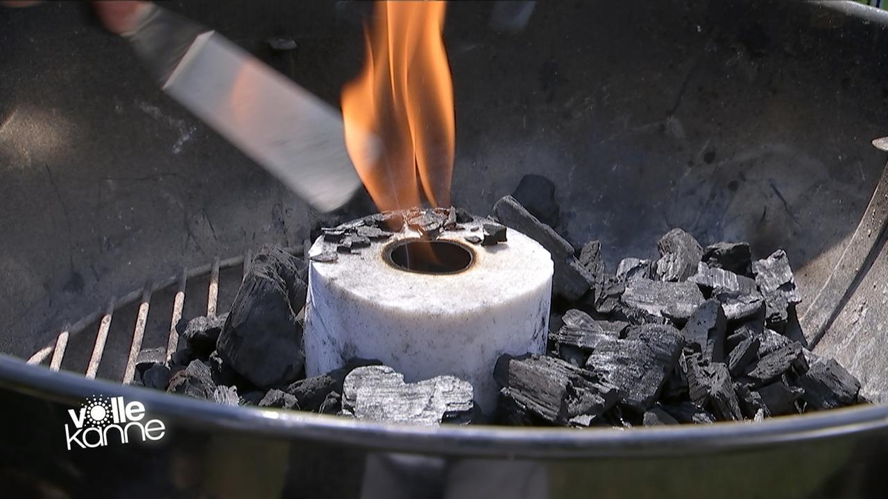 tipps und tricks grill richtig anz nden zdfmediathek. Black Bedroom Furniture Sets. Home Design Ideas