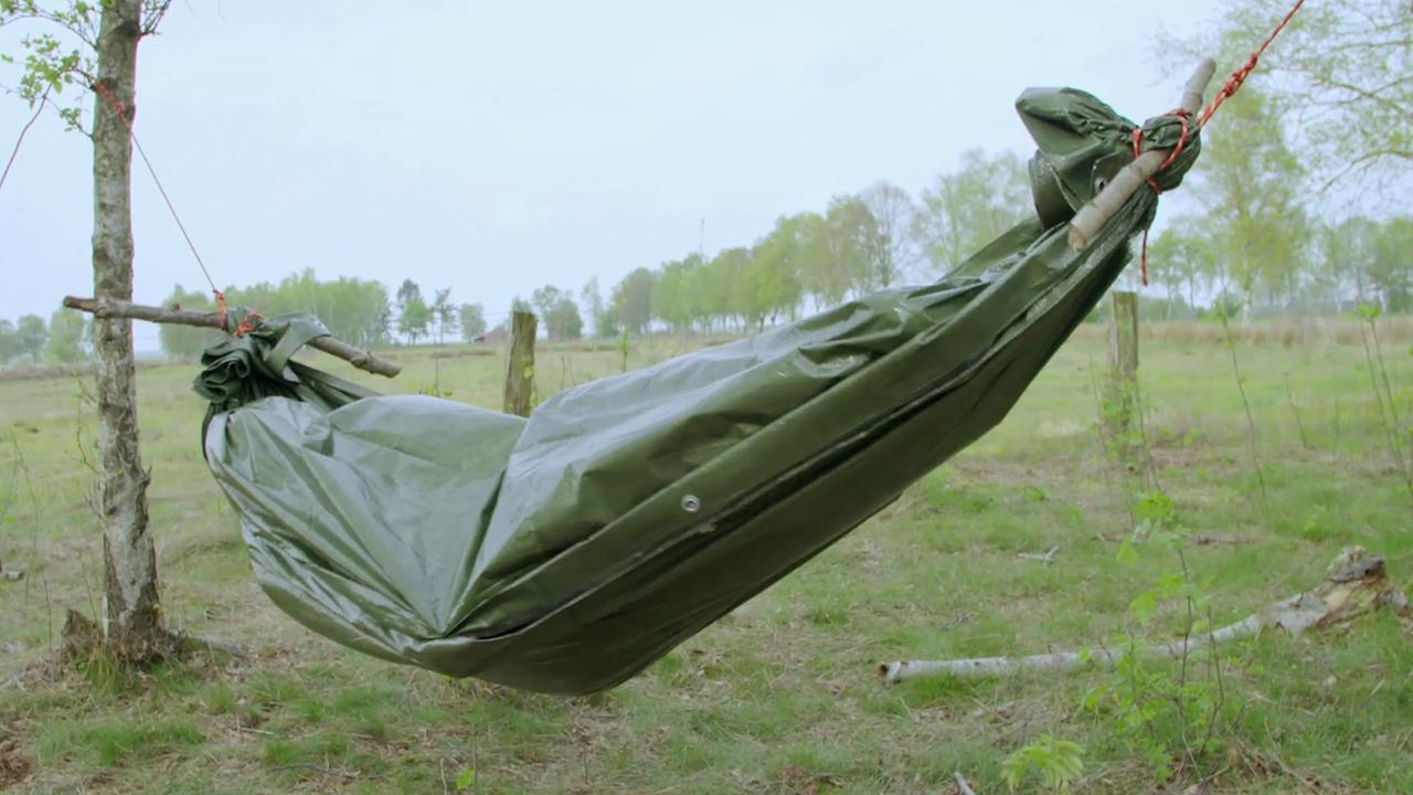 drau en schlafen h ngematte basteln zdfmediathek. Black Bedroom Furniture Sets. Home Design Ideas