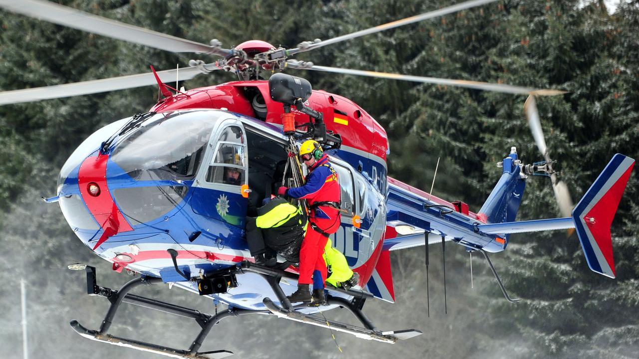 Hubschrauber über Leverkusen Heute