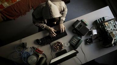 Zdfinfo - Hightech-gangster - Ein Computergenie Und Der Secret Service
