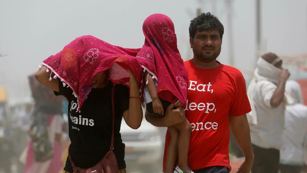 Hitzewelle in Indien: Dutzende Menschen kommen ums Leben