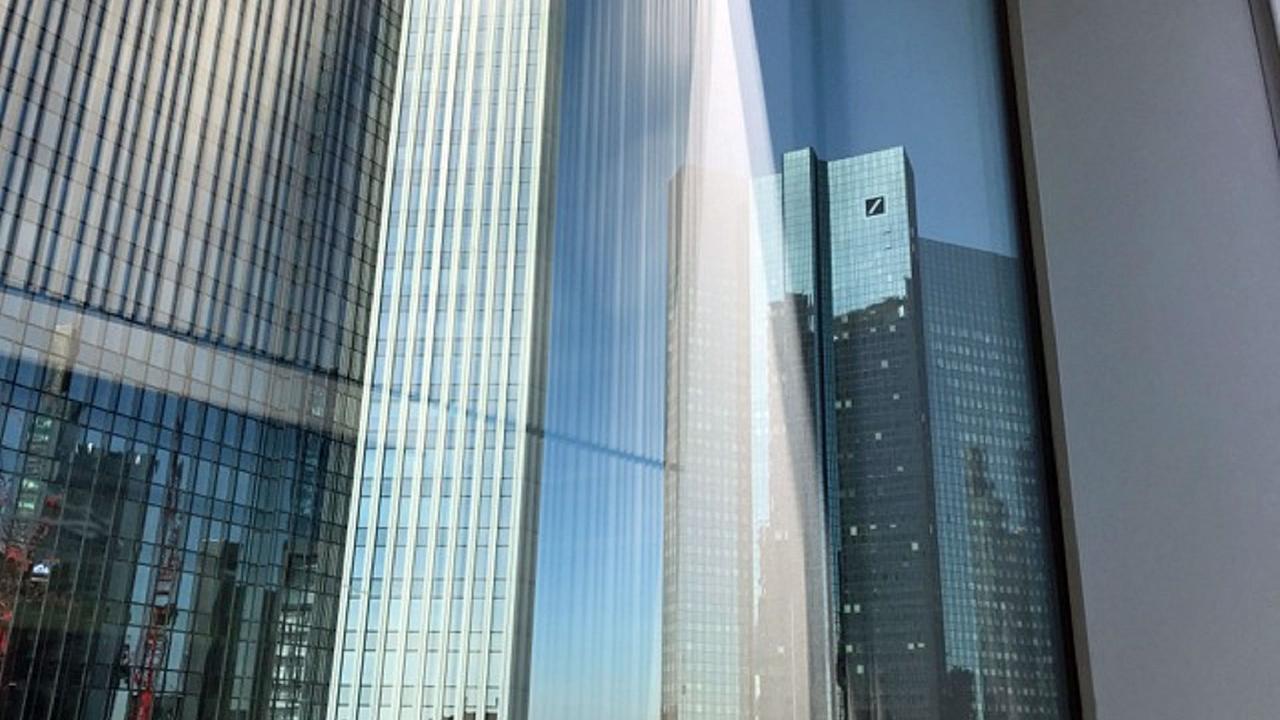 Inside Deutsche Bank Gigant Ohne Zukunft Zdfmediathek