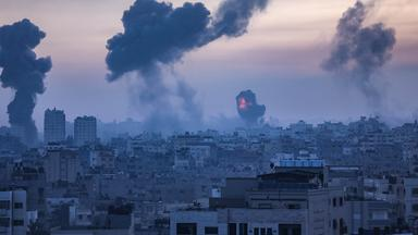Zdf Spezial - Eskalation Der Gewalt - Dutzende Tote In Nahost