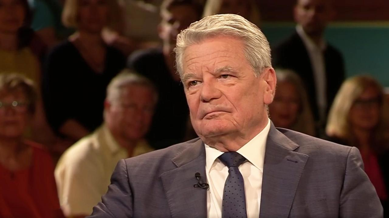 """Joachim Gauck bei Markus Lanz: Den Begriff rechts """"entgiften"""""""