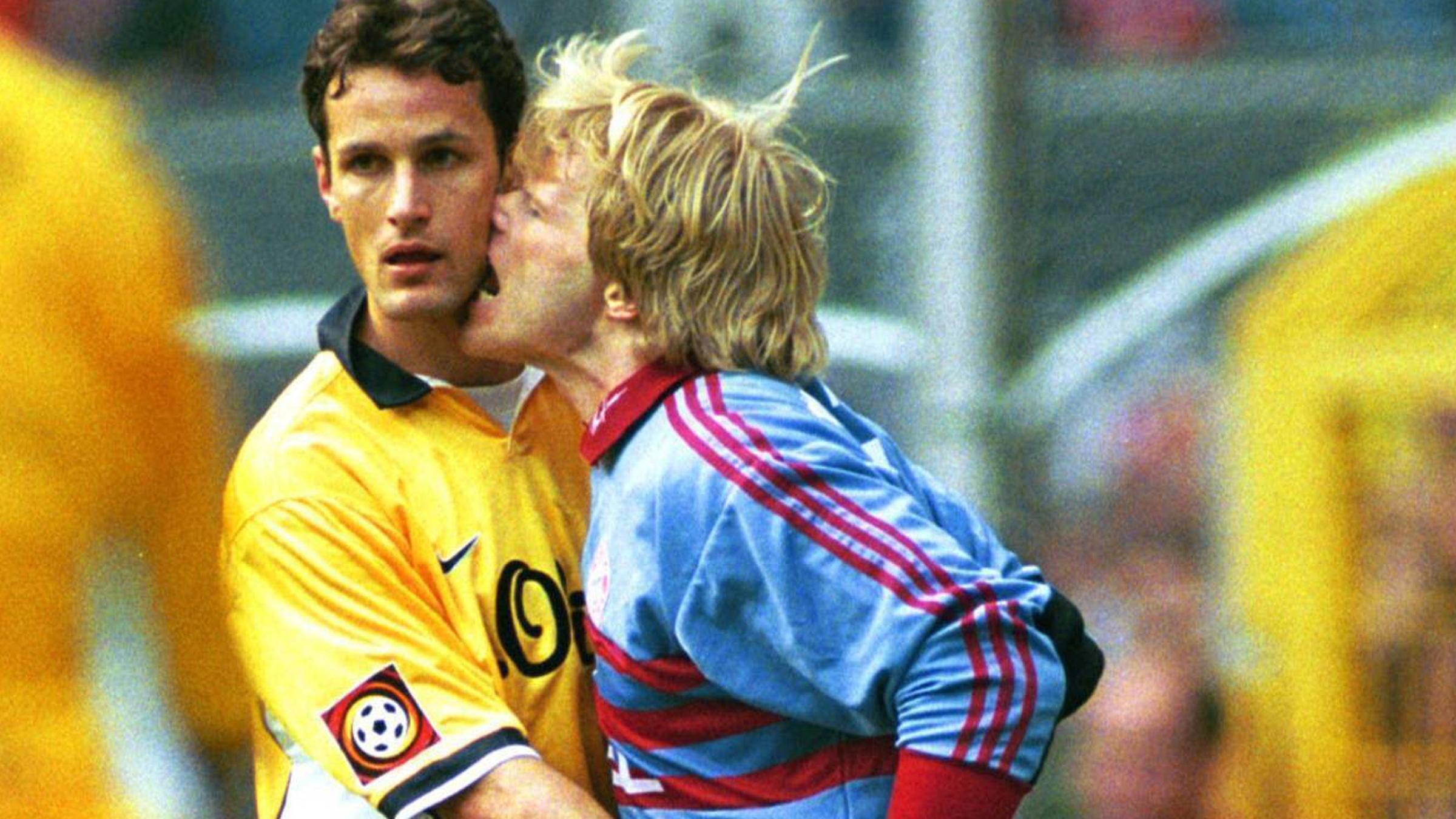 Archiv: Heiko Herrlich und Oliver Kahn am 03.04.1999 in Dortmund
