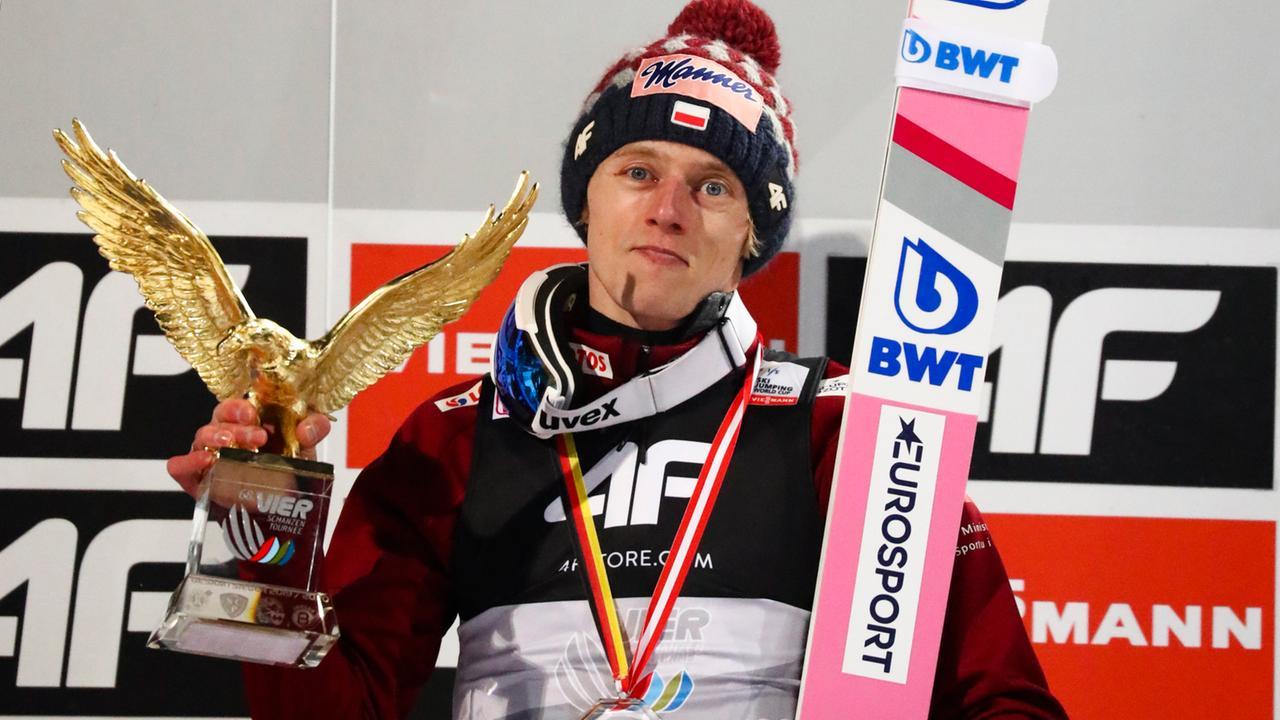 Kubacki gewinnt Vierschanzentournee