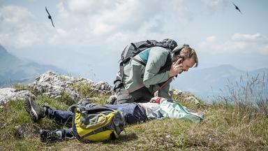 Der Bergdoktor - Lebendig Begraben