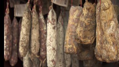 Zdfinfo - Lebensmittel Auf Dem Prüfstand: Salami – Gewürzt, Gepanscht?