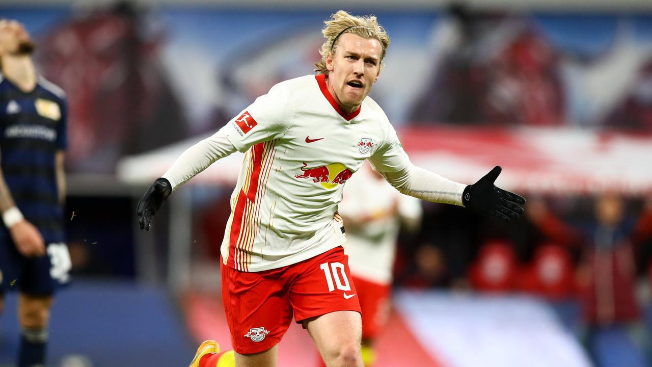 Bundesliga   Ende Hinrunde: Leipzig bleibt an Bayern dran