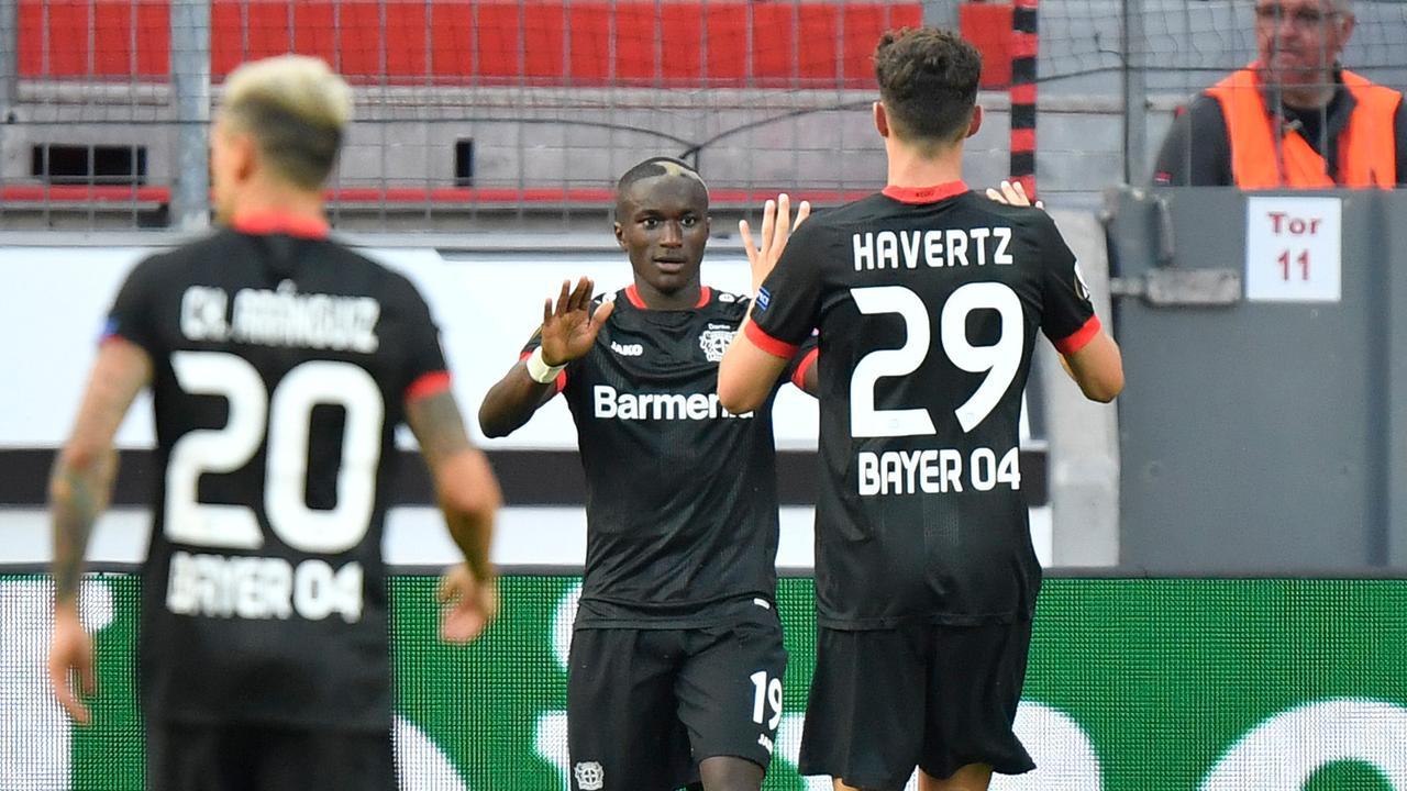 Fußball, Europa League: Leverkusen weiter, Eintracht raus