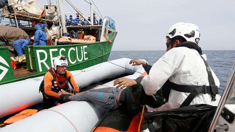 Libyen: Rettungsaktion im Mittelmeer