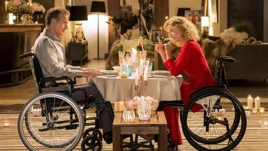 Neu Im Kino - Liebe Bringt Alles Ins Rollen