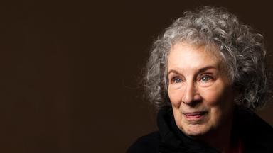 Kulturzeit - Literaturstar Margaret Atwood