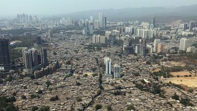 Zdfinfo - Megacity Mumbai - Zwischen Slums Und Wolkenkratzern