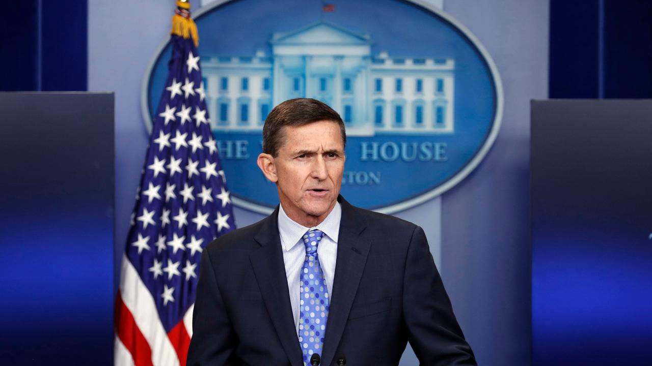 US-Präsident Trump begnadigt Ex-Sicherheitsberater Flynn - ZDFheute