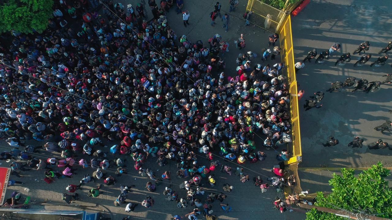 Mittelamerikanische Staaten wollen gegen Migranten vorgehen - ZDFmediathek