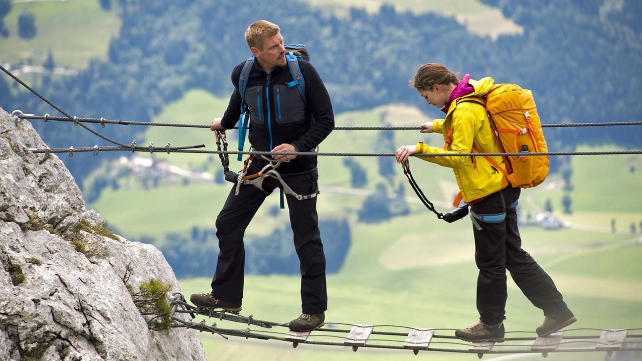 Die Bergretter: Mit letzter Kraft (2)