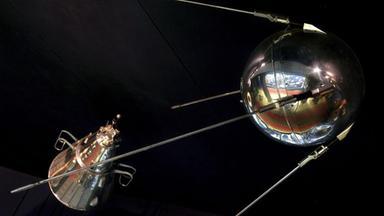Zdfinfo - Kosmonauten, Helden Im All: Sputnik,gagarin, Wettlauf Im Weltraum