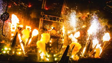 Musik Und Theater - Mötley Crüe: The End  - The Final Tour 2015